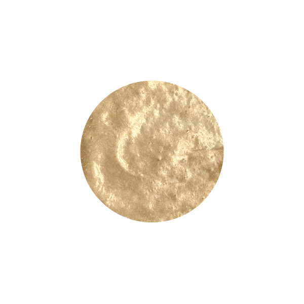 Texture of the Djéronimo® beer shampoo, sandy yellow in colour.