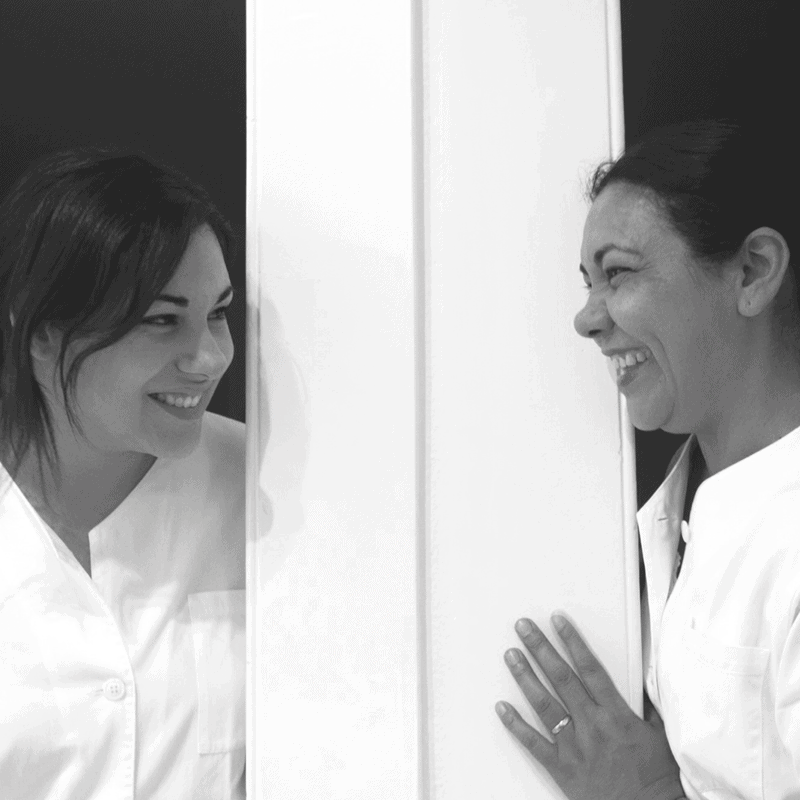 Kamila et sa maman Teresa dans l'Institut de beauté Yemanja à La Chaux-de-Fonds